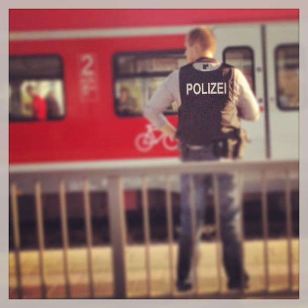 Möglicher #Bombenfund in #Pasing. Viel Polizei unterwegs...