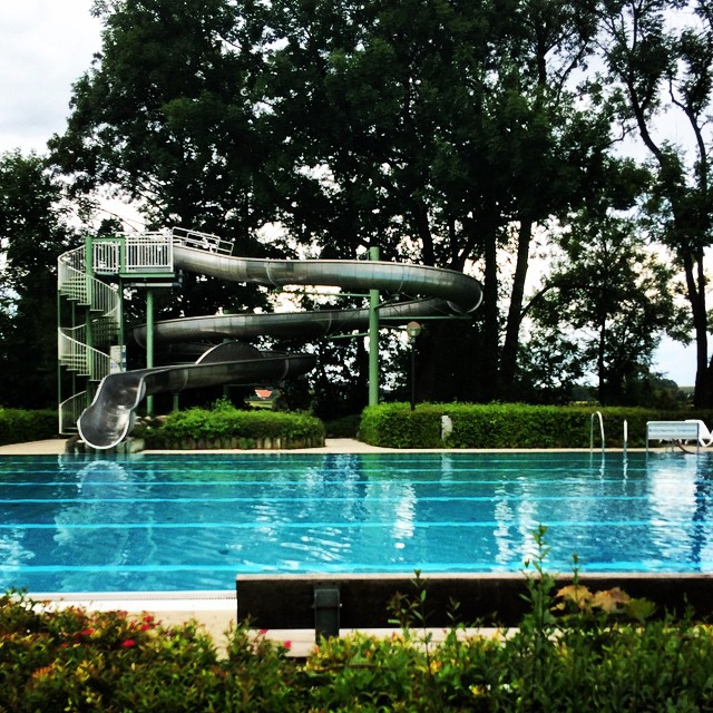 Alleine im #Schwimmbad #Maisach