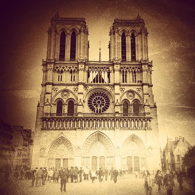 #Notre-Dame de #Paris
