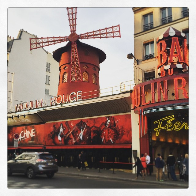 #Paris #MoulinRouge