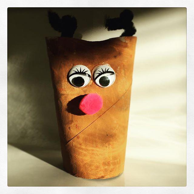 K2 hat Mr. Poo im Kindergarten gebastelt