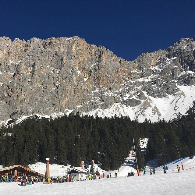 Fantastisches Wetter heute in #Ehrwald! #Ski #NoFilter #Zugspitzarena