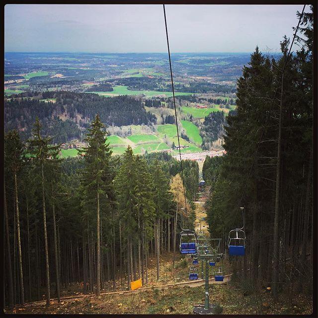 Letzte Woche Skifahren, heute Sommerrodelbahn am #Blomberg - verrückt...
