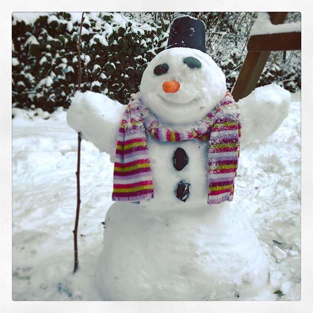 Endlich ein #Schneemann - am letzten Tag der Ferien #Snowman ?