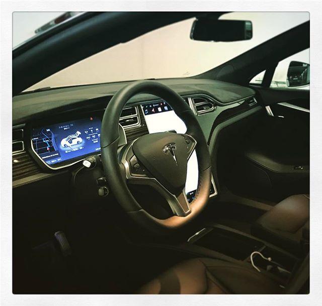 So, der #Tesla hat mich wieder heil nach Hause gefahren...