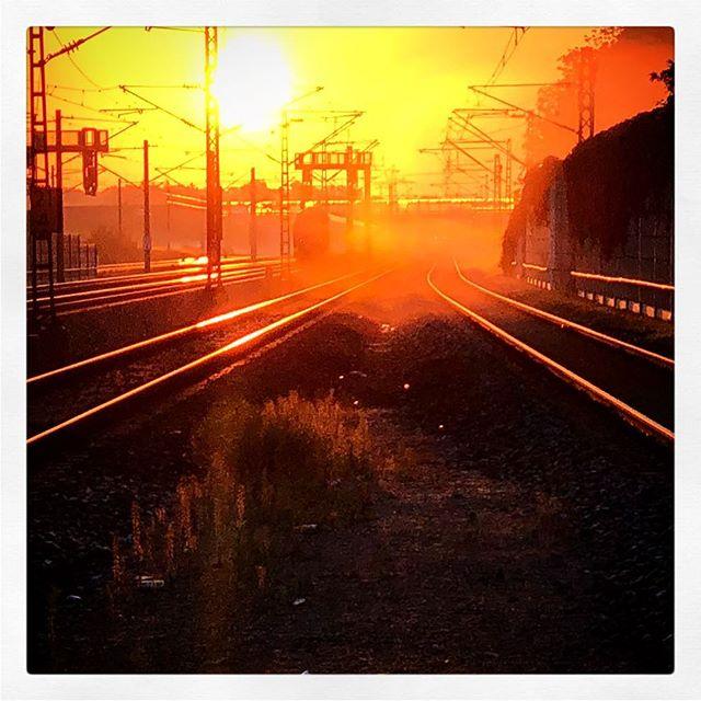 #Sunrise #byesummer2018 #shotoniphone