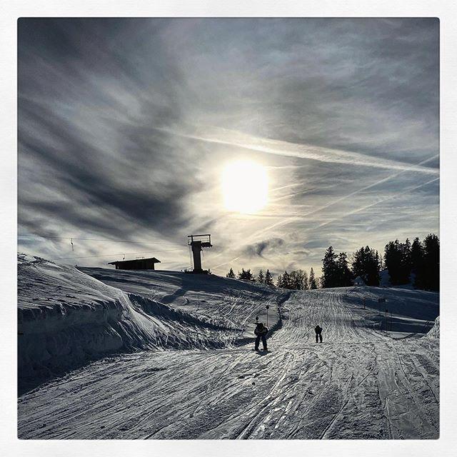 Letzte Abfahrt des Tages #Skifoan #Tirol ?? ?